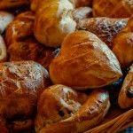 De    pensiones,    pan    y    pasteles